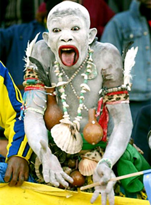 Vrajitoria in Camerun