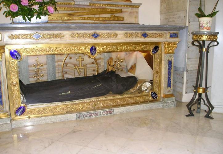 Bac.Catherine.Cercueil