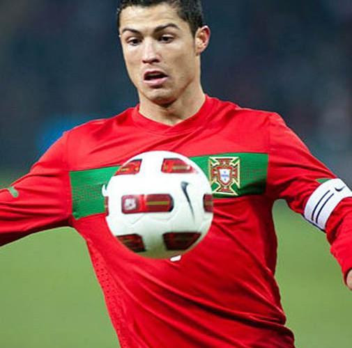 Cristiano_Ronaldo-2