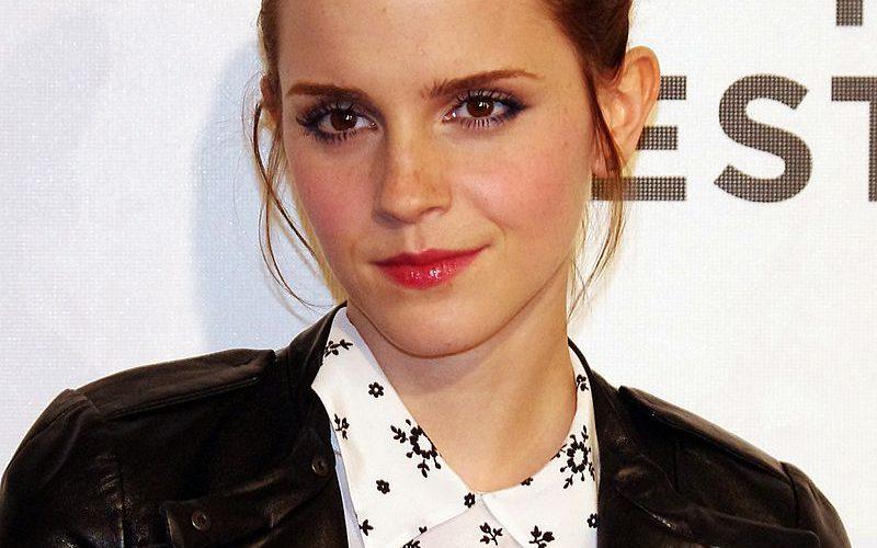 800px-Emma_Watson_2012