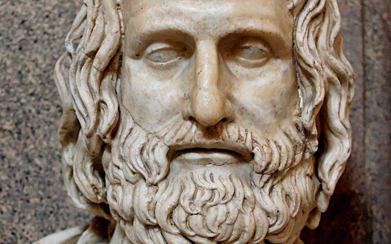 800px-Euripides_Pio-Clementino_Inv302