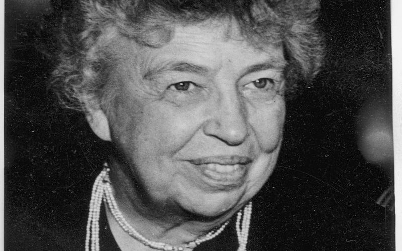 eleanor_roosevelt_at_united_nations_in_paris_-_nara_-_195965