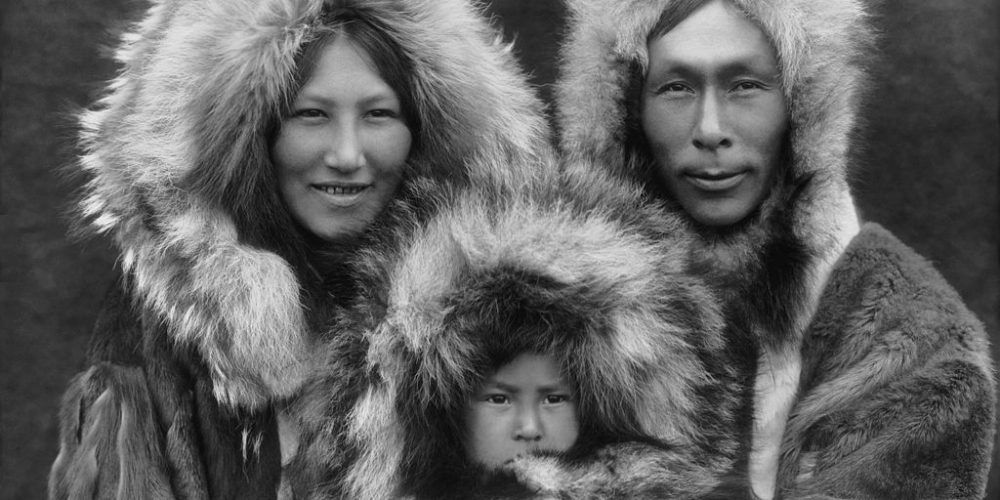 inupiat_family_from_noatak_alaska_1929_edward_s-_curtis_restored
