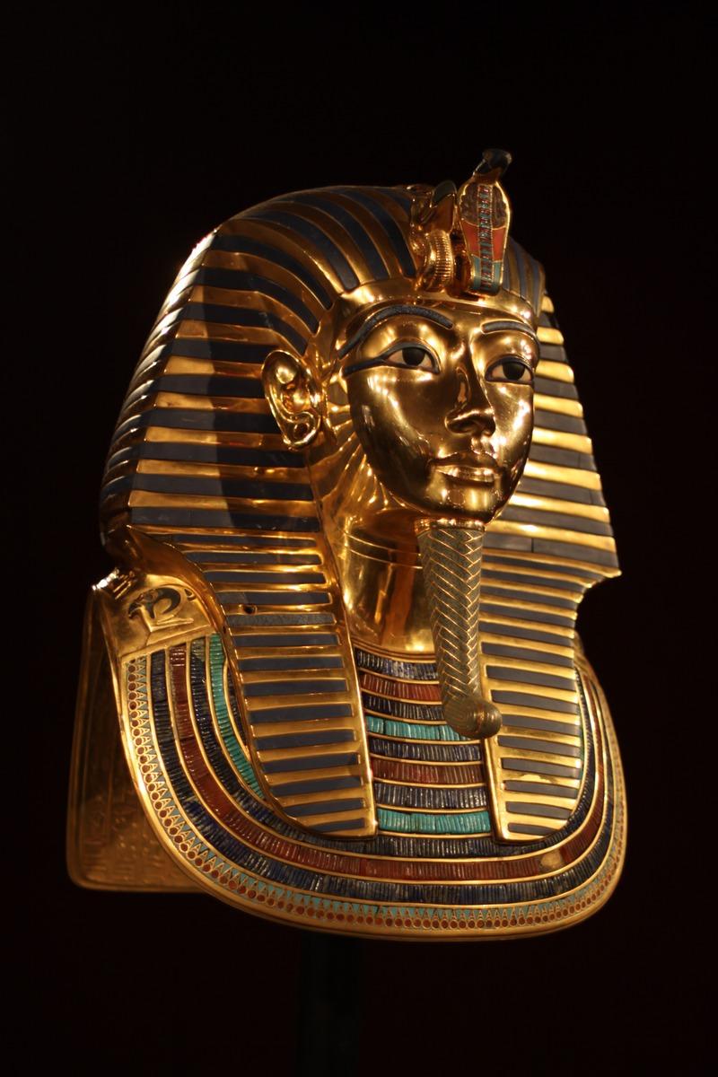 Replică măştii lui Tutankhamon la expoziţia din Madrid, 2011. Autor Nerve net, sursă Wikipedia.