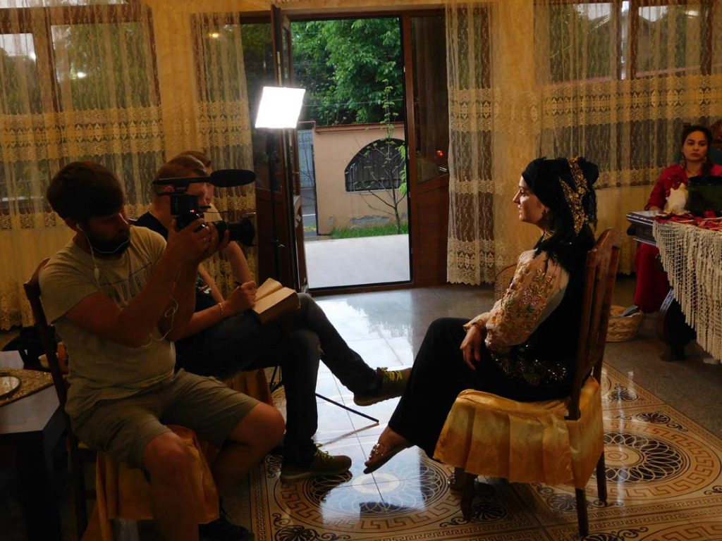 vrăjitoarea Morgana în interviu 8kk