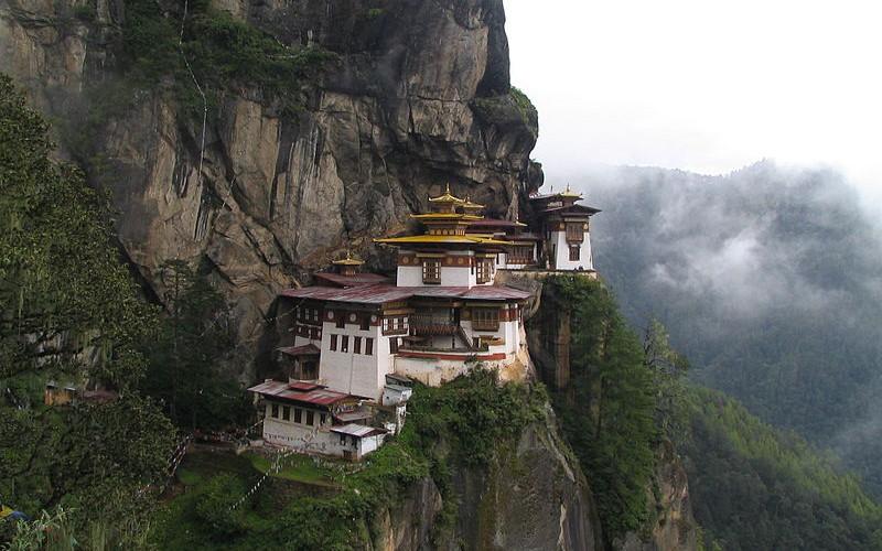 Manastire din Nepal foto de Douglas J. McLaughlin sursa foto Wikipedia