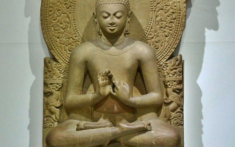 buddha_in_sarnath_museum_dhammajak_mutra